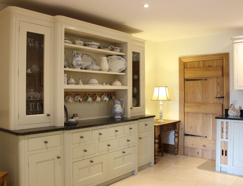 Dalesmade County Kitchen
